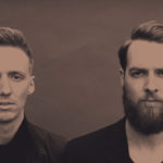 "Honne – ""Coastal Love"": I close my eyes and I picture us together"